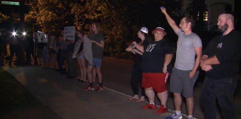 Lol, Protesters Shout Death Threats Outside Mitch McConnell's Home 2019-08-06_8-56-26