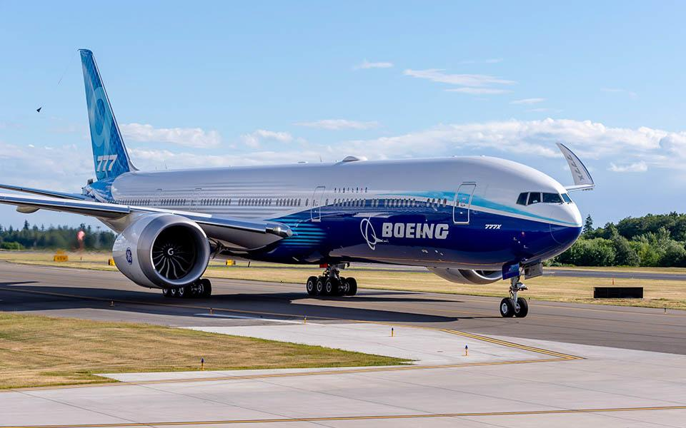 Internal Boeing Emails Claim 777X Shares MAX Problem