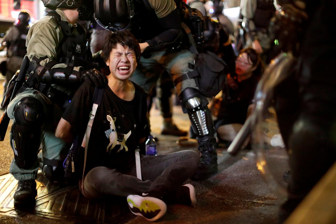 Arrest Of 750 Child Protesters In Hong Kong Sparks Outrage EGR8zK-WwAEAFM0