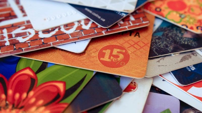 American Adults Have More Than $20 Billion In Unused Gift Cards, Study Finds