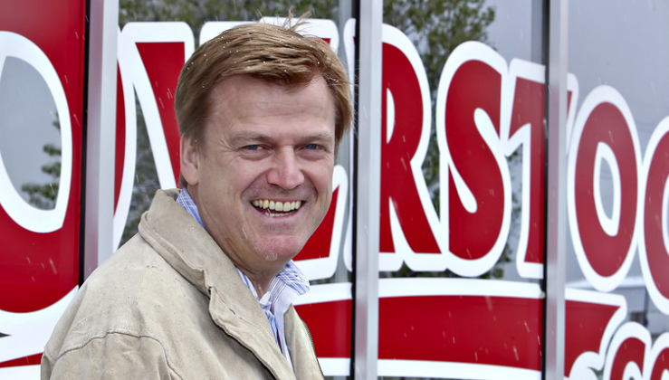 "Former Overstock CEO Byrne Dumps $90 Million Stock Gains Into Gold, Crypto ""Out Of Reach Of Deep State"""