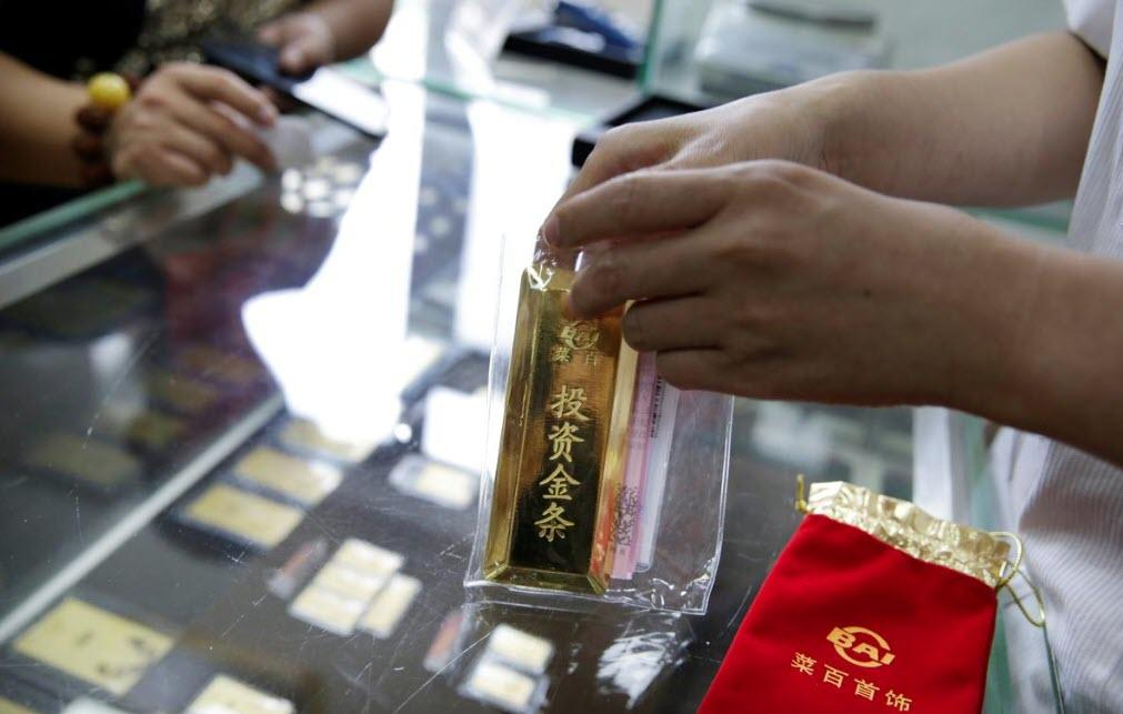 chinese%20gold Chinese Banks Bar Clients From Buying Precious Metals