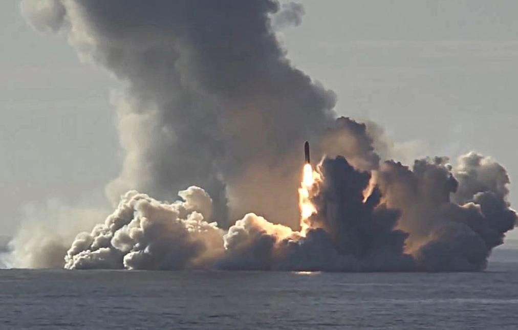 Russia Fires 2 Ballistic Missiles From Nuclear Subs In Message To Washington