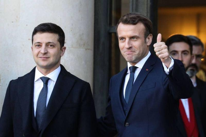 #39 - Main news thread - conflicts, terrorism, crisis from around the globe - Page 30 Zelensky-macron-normandy-friends