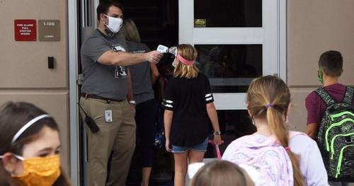 "Students At Florida High School Warned They Will Be ""Re-Educated"" If Caught Not Wearing A Mask"