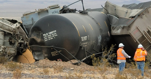 Stunning Views Of Freight Train Derailment In California Desert 2
