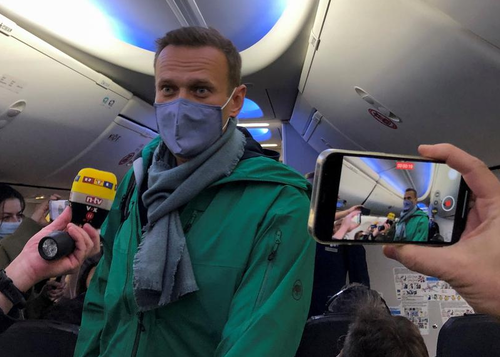 Watch: Kremlin Critic Alexei Navalny Arrested Immediately Upon Landing In Moscow