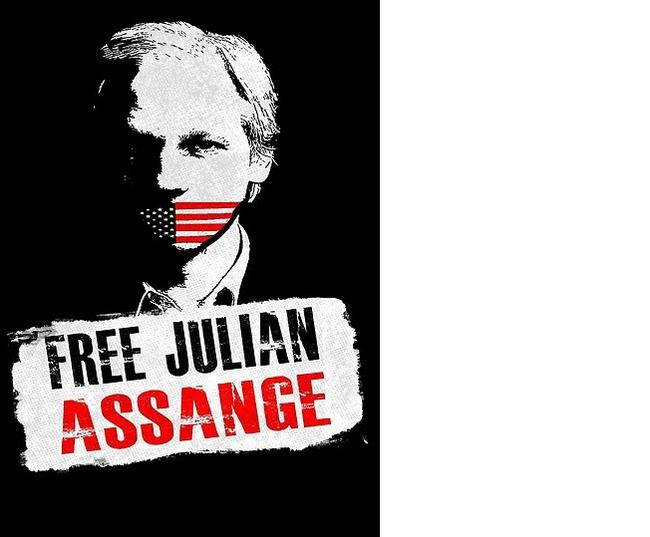 "Ron Paul: ""As Long As Assange Is In Prison, We Are All In Prison"""
