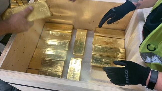 How $5 Billion In Physical Gold Was Secretly Moved From London To Poland